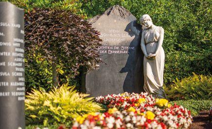 Grabpflege bei Bendick in Mettingen