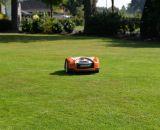 Ein gepflegter Rasen dank STIHL iMOW Mähroboter